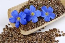 Мука и семена льна